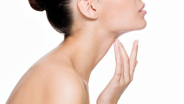 Nổi mẩn đỏ ngứa ở cổ: Nguyên nhân và cách chữa dứt điểm