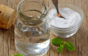 Có nên tắm nước muối chữa viêm da cơ địa không?
