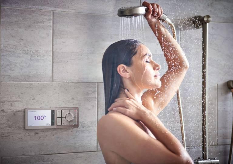 Lưu ý khi chữa viêm da cơ địa bằng tắm nước muối