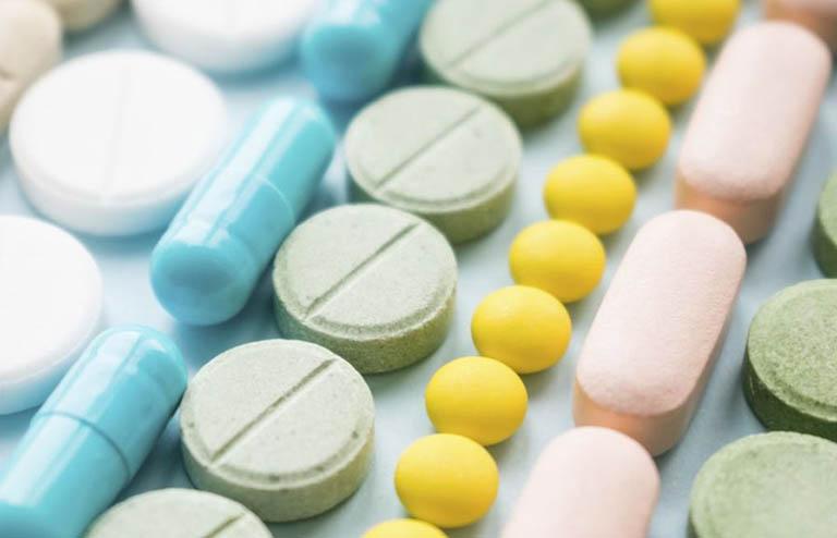 Sử dụng viên uống bổ sung và thuốc