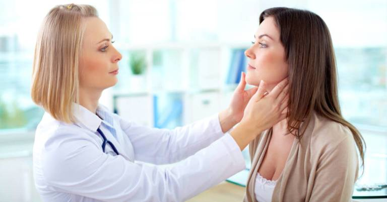 Lưu ý khi dùng thuốc bôi trị viêm da cơ địa