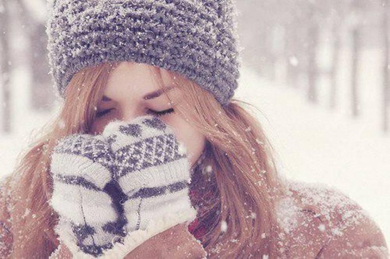 Bị dị ứng thời tiết khi trời lạnh nên nằm lòng những điều sau