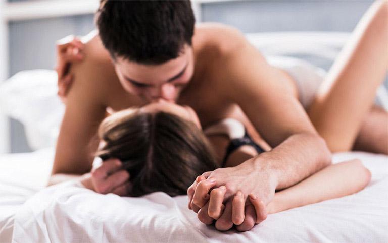 Cách làm tình để chồng yêu