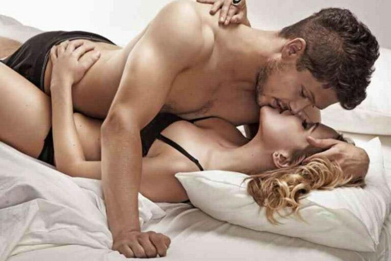 Cách quan hệ an toàn khi mang thai, làm tình với bà bầu