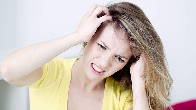 Bệnh chàm da đầu nguy hiểm không?