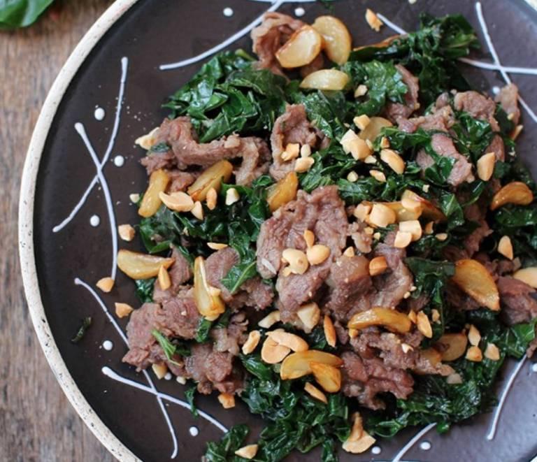 Các món ăn từ lá lốt cải thiện bệnh dị ứng thời tiết