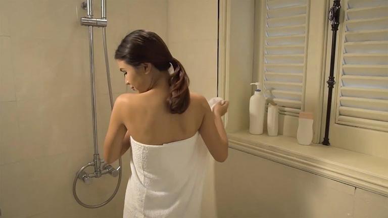 Sau sinh bị nổi mề đay bao lâu thì hết? Có tắm được không?