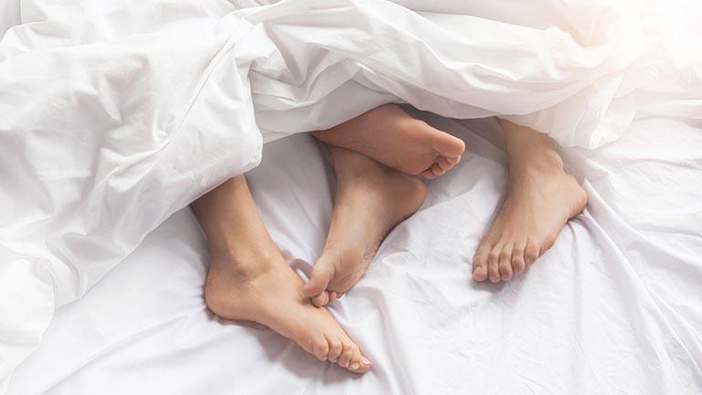 Nhu cầu sinh lý của con gái khi yêu, con gái khi yêu rất thích được quan hệ tình dục