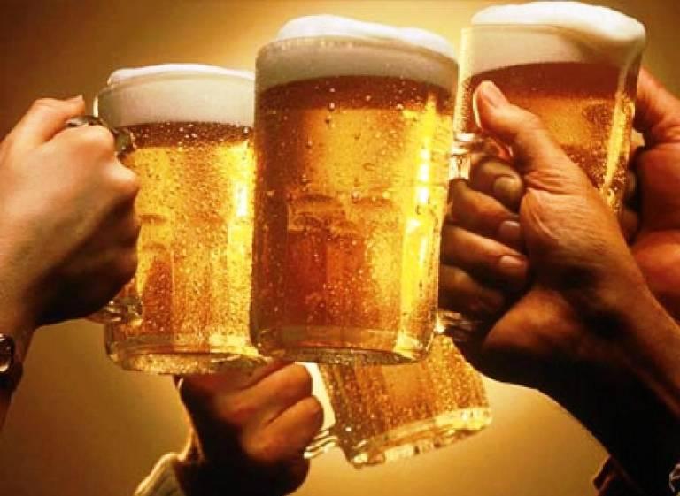 Thường xuyên sử dụng rượu bia