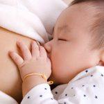 Sau sinh nên ăn gì để nhiều sữa cho con bú?