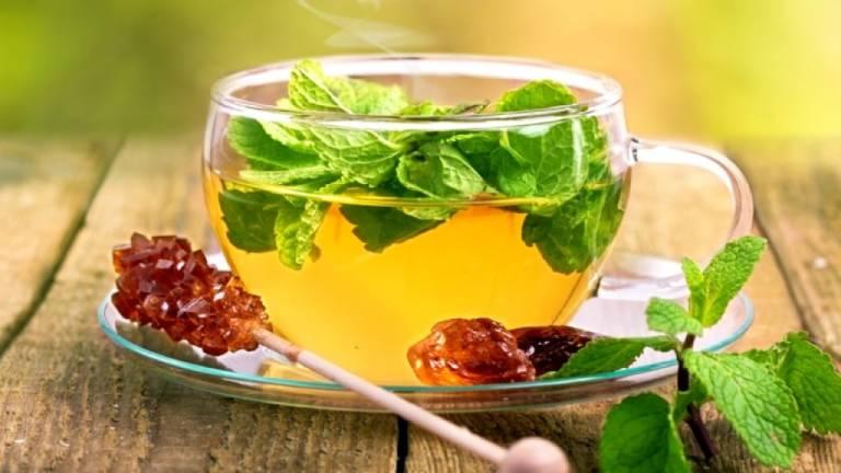Người bị viêm loét dạ dày nên uống gì?