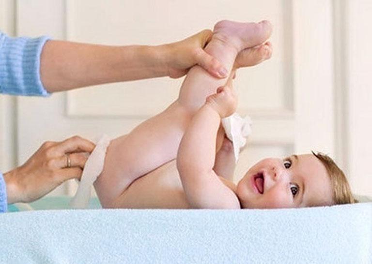 cách chữa hăm cho trẻ sơ sinh