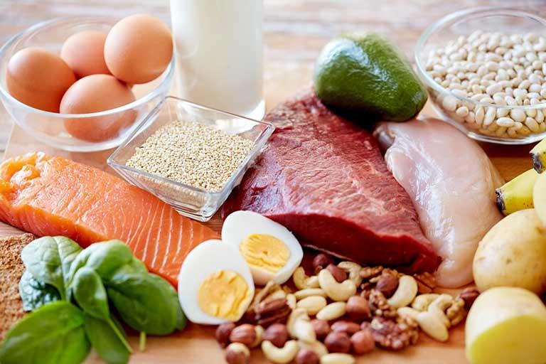Uống thuốc Đông y điều trị viêm da cơ địa thì cần kiêng ăn gì?