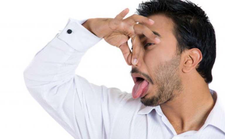 Cần làm gì khi lỗ mũi có mùi hôi?