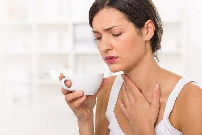 Làm gì để bệnh viêm họng không tái phát sau khi cắt amidan?