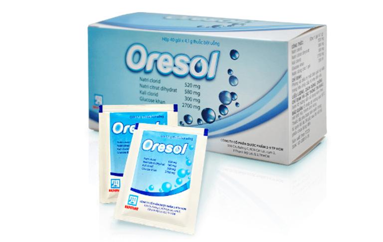 Dùng thuốc Oresol