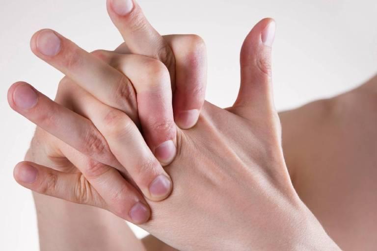 Bệnh tổ đỉa có chữa khỏi được không? Giải đáp