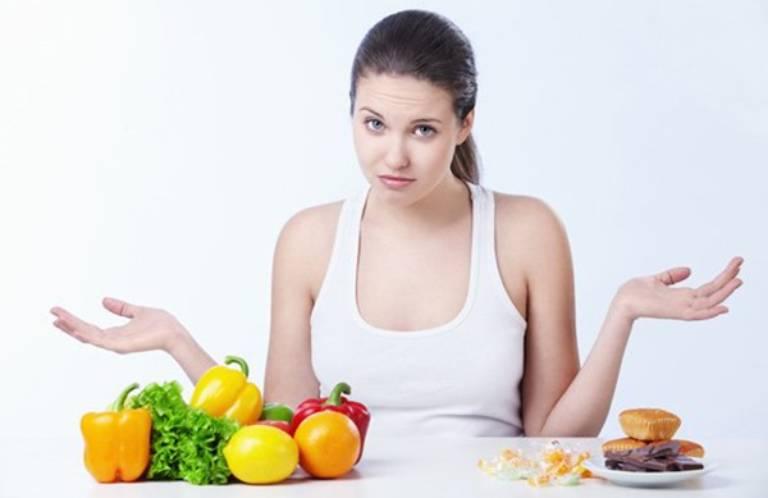 Chế độ ăn uống tác động thế nào đến tình trạng ợ chua?
