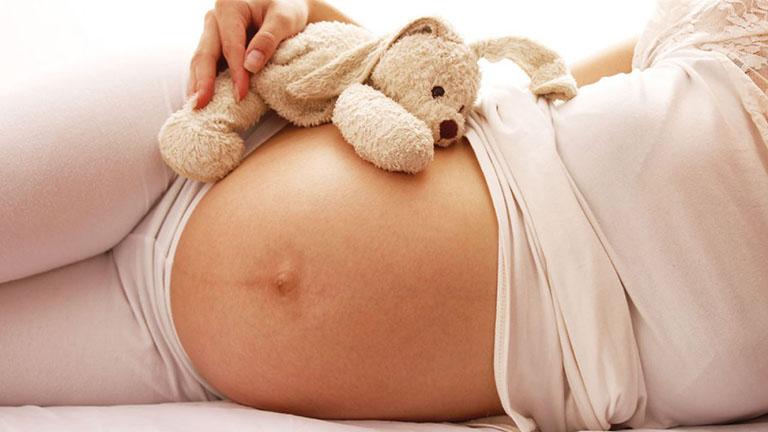 Làm gì khi mang thai tháng thứ 4 - 5 bị căng cứng bụng