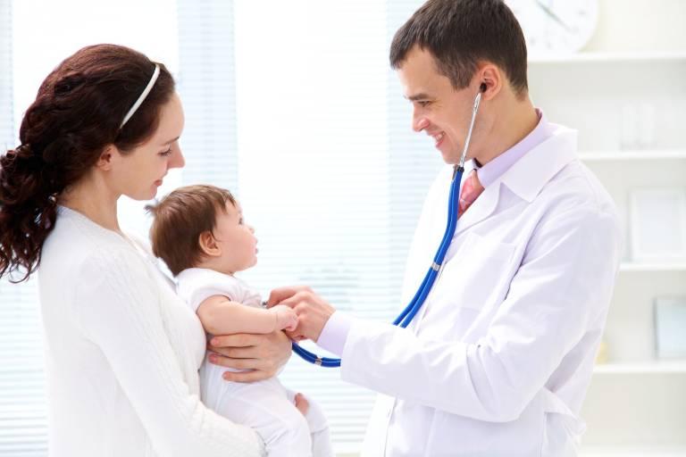 Có nên dùng thuốc kháng sinh chữa đờm cho bé?