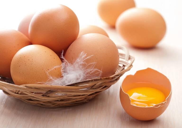 Lợi ích của trứng gà trong chữa bệnh yếu sinh lý