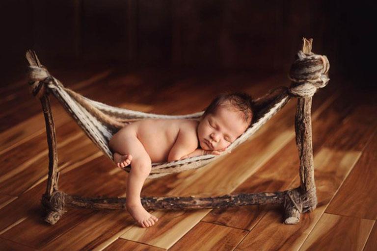 Nhược điểm của việc cho trẻ sơ sinh nằm võng