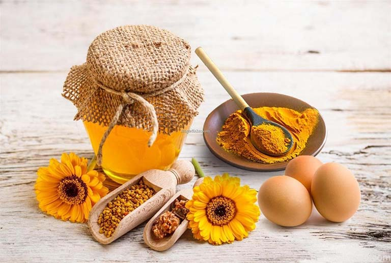Sử dụng mật ong và bột nghệ chữa bệnh dạ dày cho trẻ thế nào?