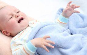 Trẻ sơ sinh bị nổi mề đay và những điều cha mẹ cần biết