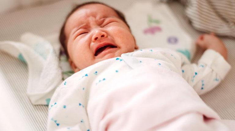 Trẻ sơ sinh không đi ngoài 2 ngày