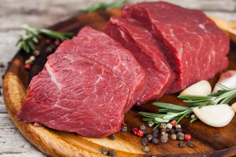 Thịt bò giúp chống xuất tinh sớm hiệu quả