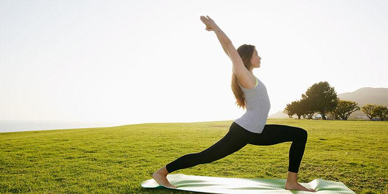 Bài Tập Yoga Cho Người Thoái Hóa Khớp Gối Đơn Giản Nhất
