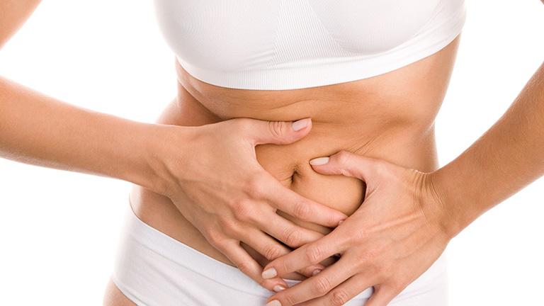 Tại sao khi đang cho con bú lại đau dạ dày?