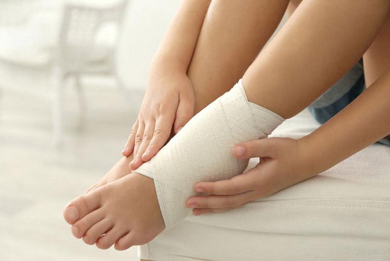 thóai hóa khớp cổ chân