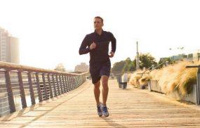 Bị thoái hóa khớp gối có nên đi bộ, chạy bộ không? Giải đáp