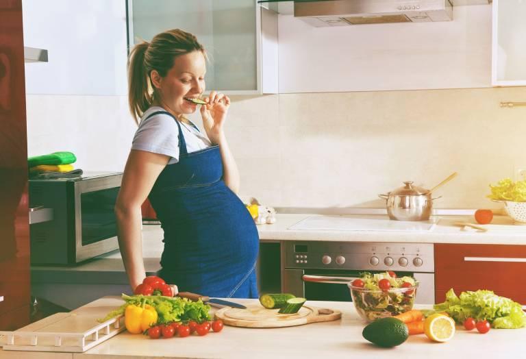 Một số lưu ý khi dùng thuốc chống trào ngược dạ dày cho bà bầu