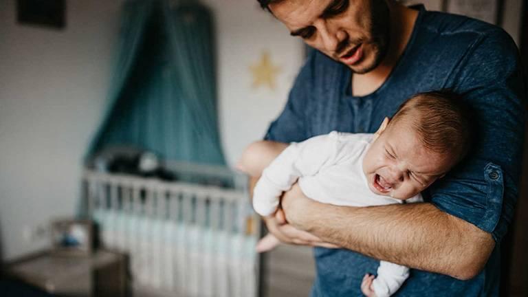 Nguyên nhân gây trào ngược dạ dày ở trẻ sơ sinh