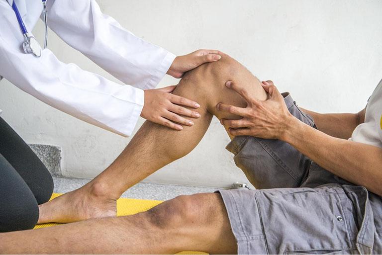 cách điều trị hẹp khe khớp gối