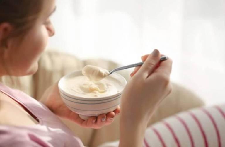 Một số lưu ý khi phụ nữ sau sinh dùng sữa chua