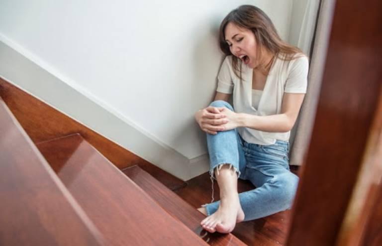 Thoái hóa khớp gối ở người trẻ tuổi nguy hiểm không?