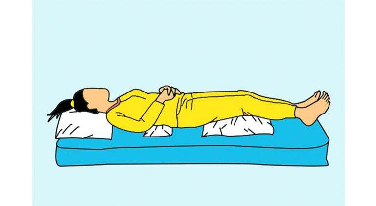 Tư thế nằm giúp giảm đau cho người bị thoát vị đĩa đệm
