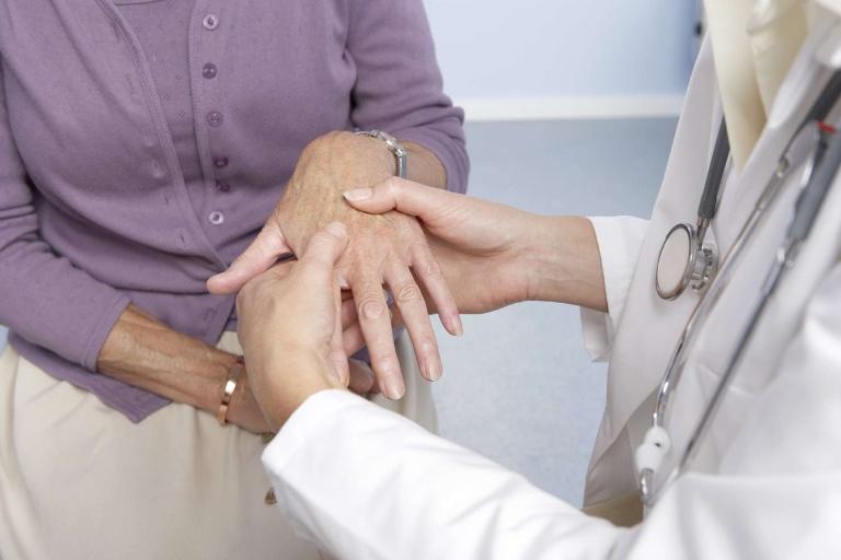 Các phương pháp điều trị viêm khớp dạng thấp