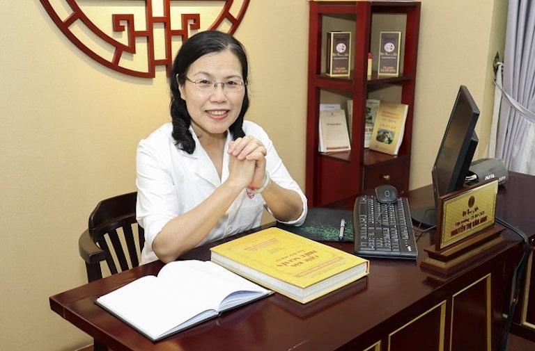 Ths.BS Nguyễn Thị Vân Anh - nguyên Trưởng khoa Nội Bệnh viện YHCT Trung Ương