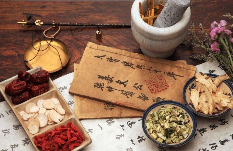 Bài thuốc Đông y trị đau nhức khớp gối