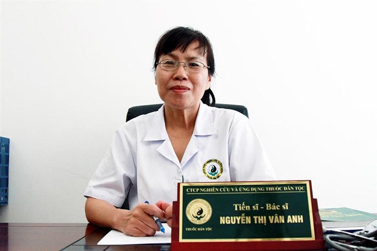 TS.BS Vân Anh đánh giá cao bài thuốc Xương khớp Đỗ Minh