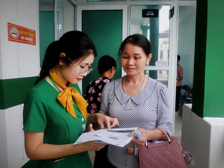 Phương pháp điều trị tại Bệnh viện YHCT Xương khớp Quân dân 102 nhận được nhiều phản hồi tích cực từ phía người bệnh
