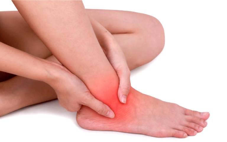 Bệnh viêm khớp mắt cá chân: Nguyên nhân và cách điều trị