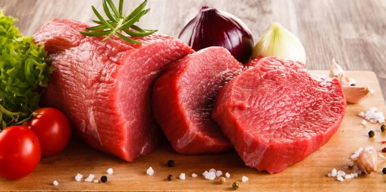Người bị gai cột sống nên kiêng các loại thịt đỏ