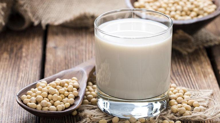 bị gai cột sống uống sữa gì