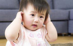 Cách chăm sóc trẻ bị viêm tai giữa theo hướng dẫn từ bác sĩ