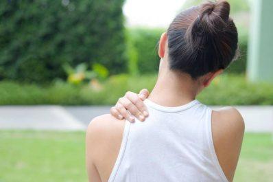 7 cách chữa đau nhức bả vai tại nhà đơn giản hiệu quả